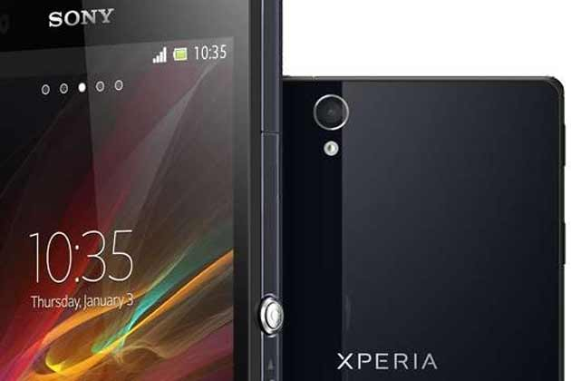 smartphone rezistent la apa sony xperia ZR