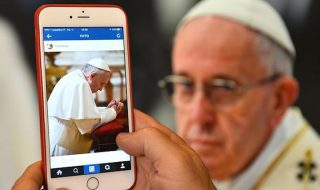 Papa Francisc pe Instagram