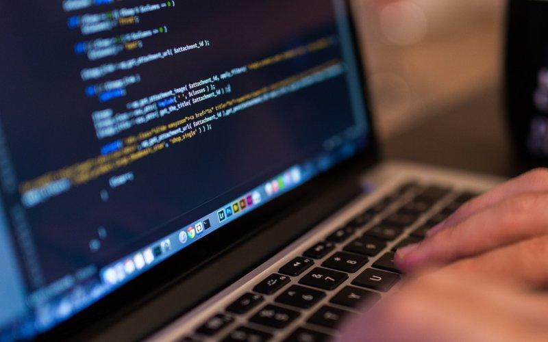 Laptop pentru programare