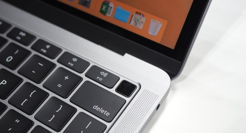 Macbook Air - Touch ID