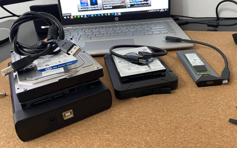 Rack-uri externe pentru HDD si SSD